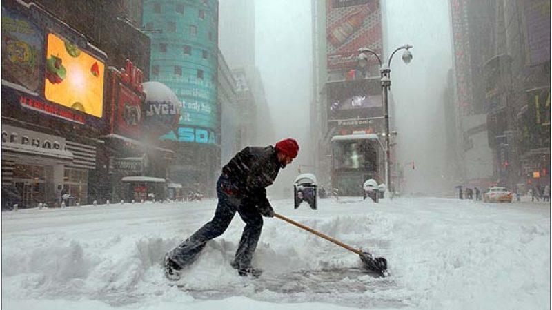 Usa, tempesta di neve blocca NY