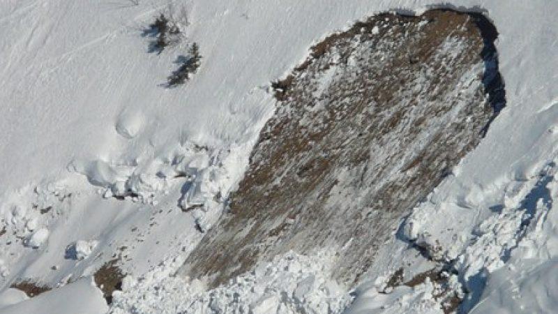 Valanga a Sestriere, salvi due sciatori