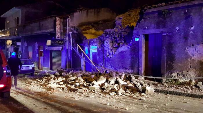 Etna, dopo il sisma 600 sfollati: la Regione chiede lo stato di emergenza