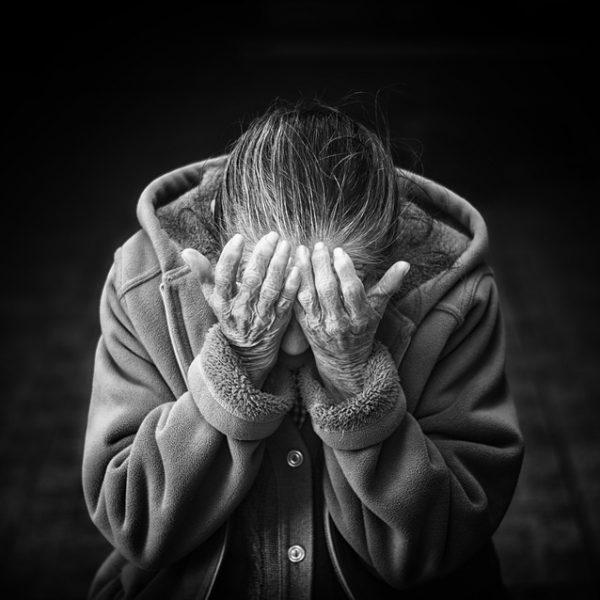 Rimini, anziani maltrattati in casa di riposo: 4 arresti