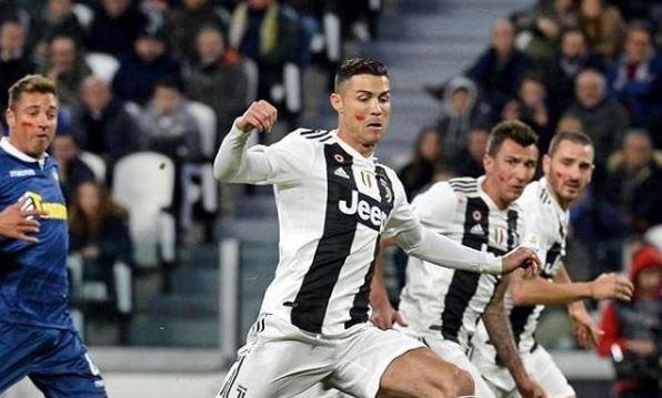 Cristiano Ronaldo, in vendita la villa da sogno di Manchester