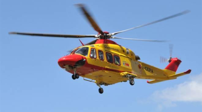 Aosta, elicottero contro aereo da turismo: 5 morti e 2 feriti