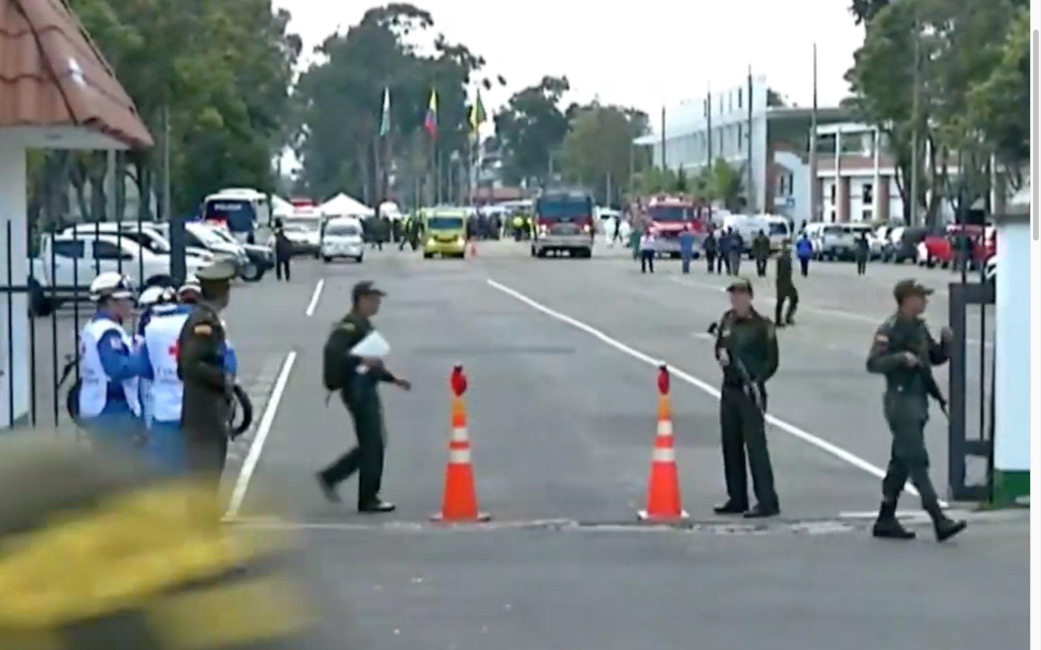 Bogotà, autobomba in una scuola di polizia: 21 morti e 68 feriti