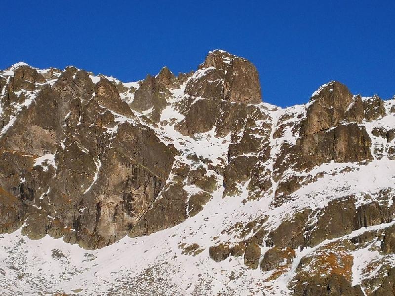 Cogne, salvati 2 alpinisti bloccati nel ghiaccio