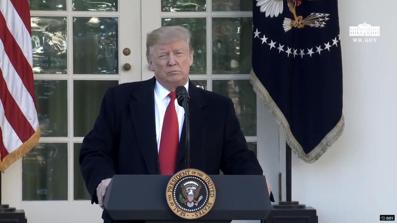 Usa, Trump firma una legge per la fine dello shutdown