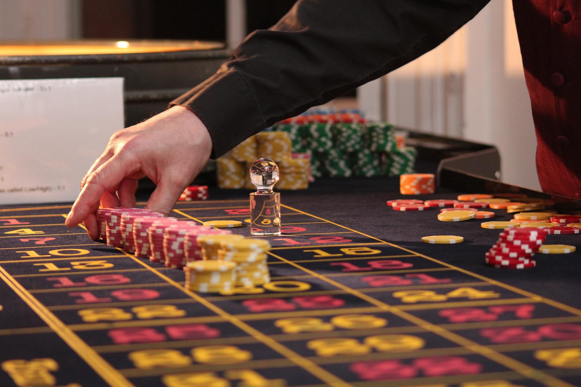 Casinò e gioco d'azzardo: Internet per superare la crisi