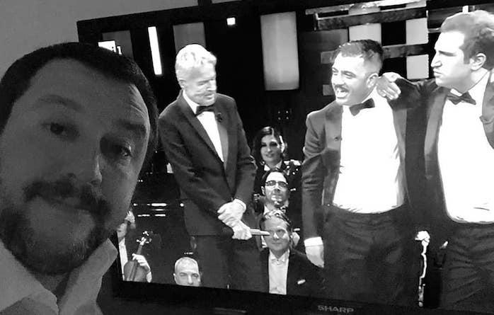 Sanremo, Pio e Amedeo ironizzano su Salvini e lui replica su Facebook