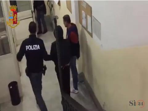 Catania, uccide il padre e nasconde il cadavere tra i rifiuti: arrestato
