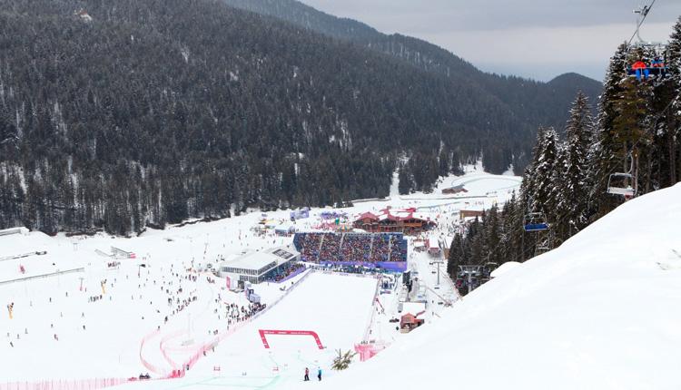 Coppa del Mondo Sci, cancellato per maltempo il Super-G di Bansko