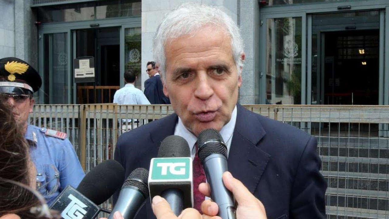 Caso Maugeri, Formigoni si costituisce in carcere: la difesa chiede i domiciliari