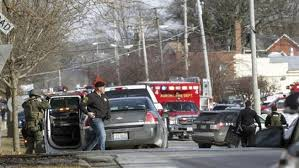 Illinois, viene licenziato: spara e uccide 5 persone