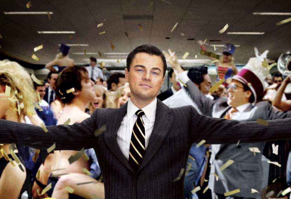 Rai Due censura The Wolf of Wall Street ed è subito polemica