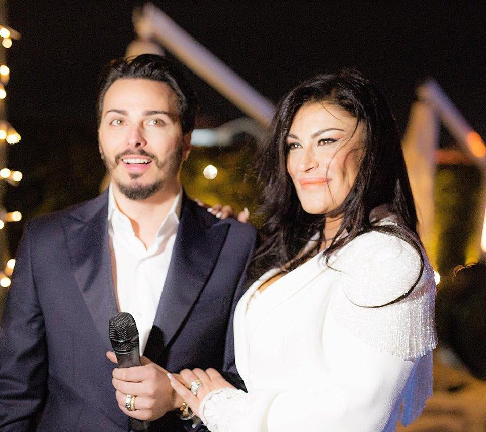 Tony Colombo e Tina Rispoli, le FOTO della promessa di matrimonio