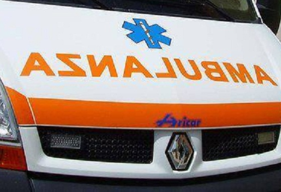 Palermo, gli esplode uno pneumatico in faccia: muore 18enne