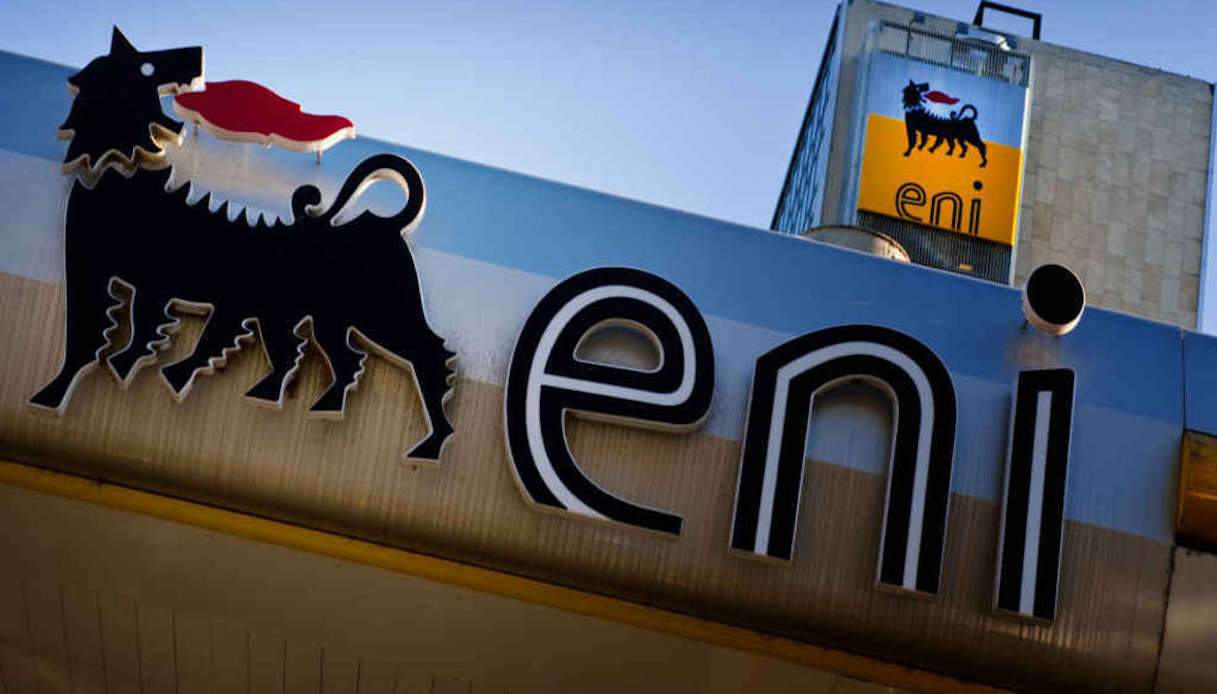 Eni assume laureati e diplomati