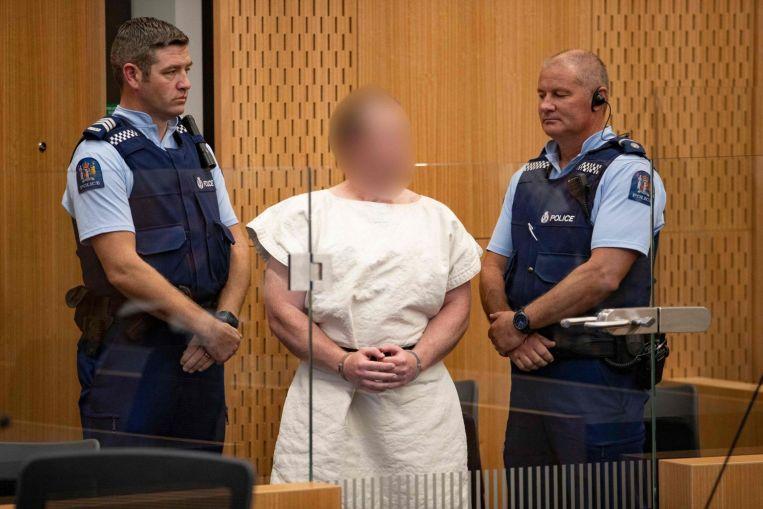 Nuova Zelanda, l'attentatore fa il gesto dei suprematisti bianchi