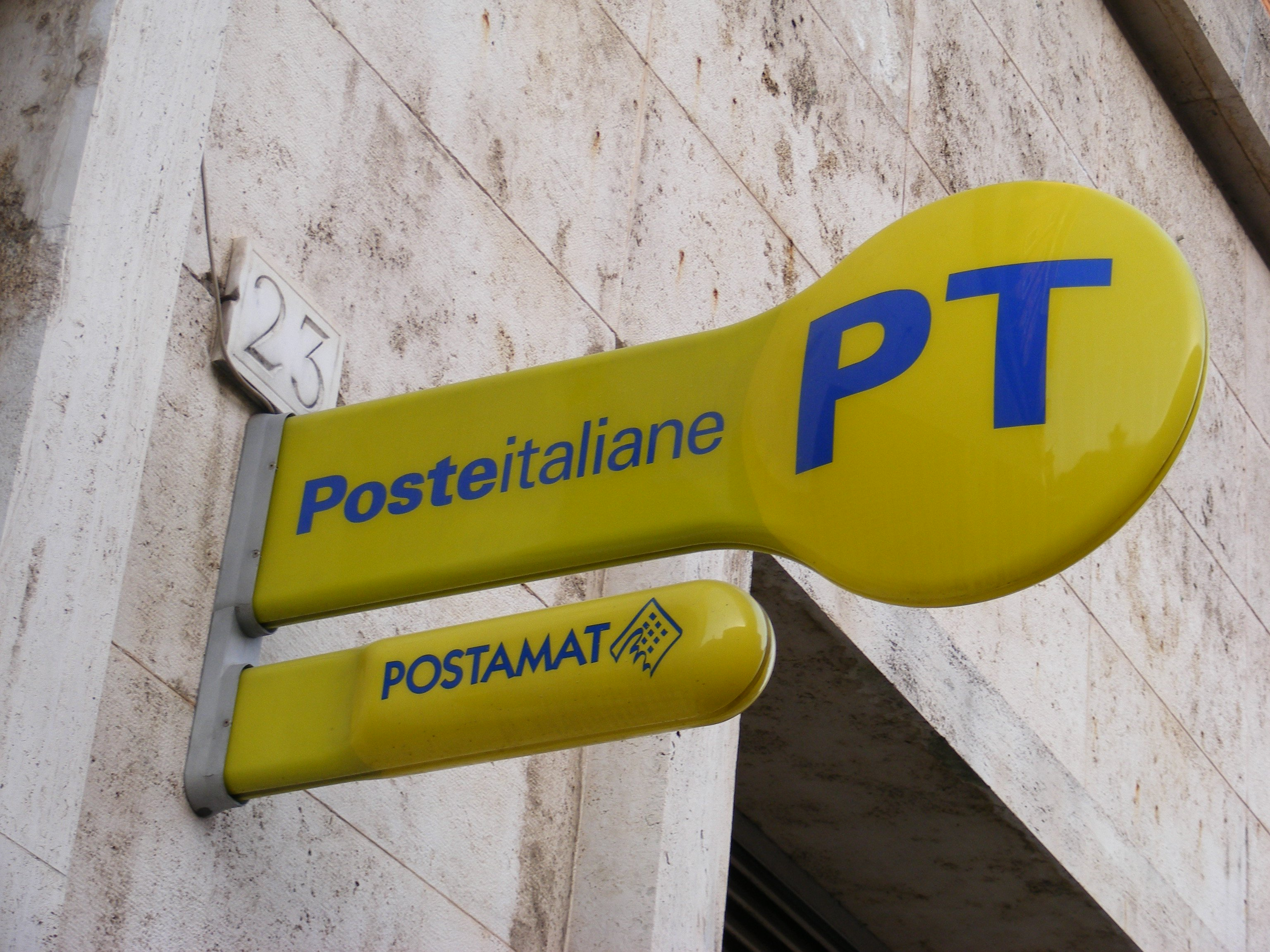 Poste italiane assume portalettere, candidature entro il 12 marzo