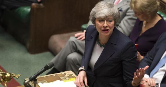 Brexit, l'Ue attende la lettera di Theresa May: forse un rinvio breve
