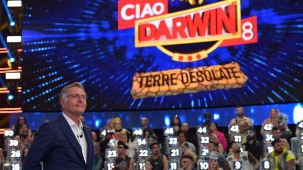 Torna Ciao Darwin, il 15 marzo su canale 5