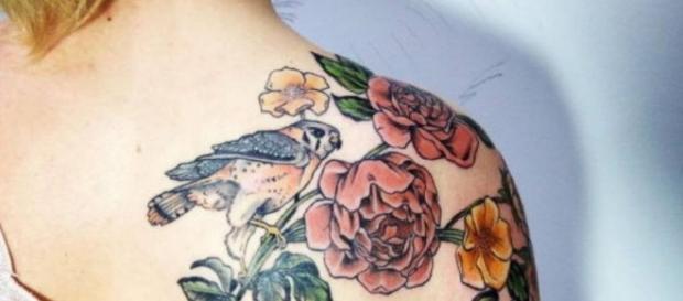 Tatuaggi, 'ferite colorate': ecco cosa succede alla pelle