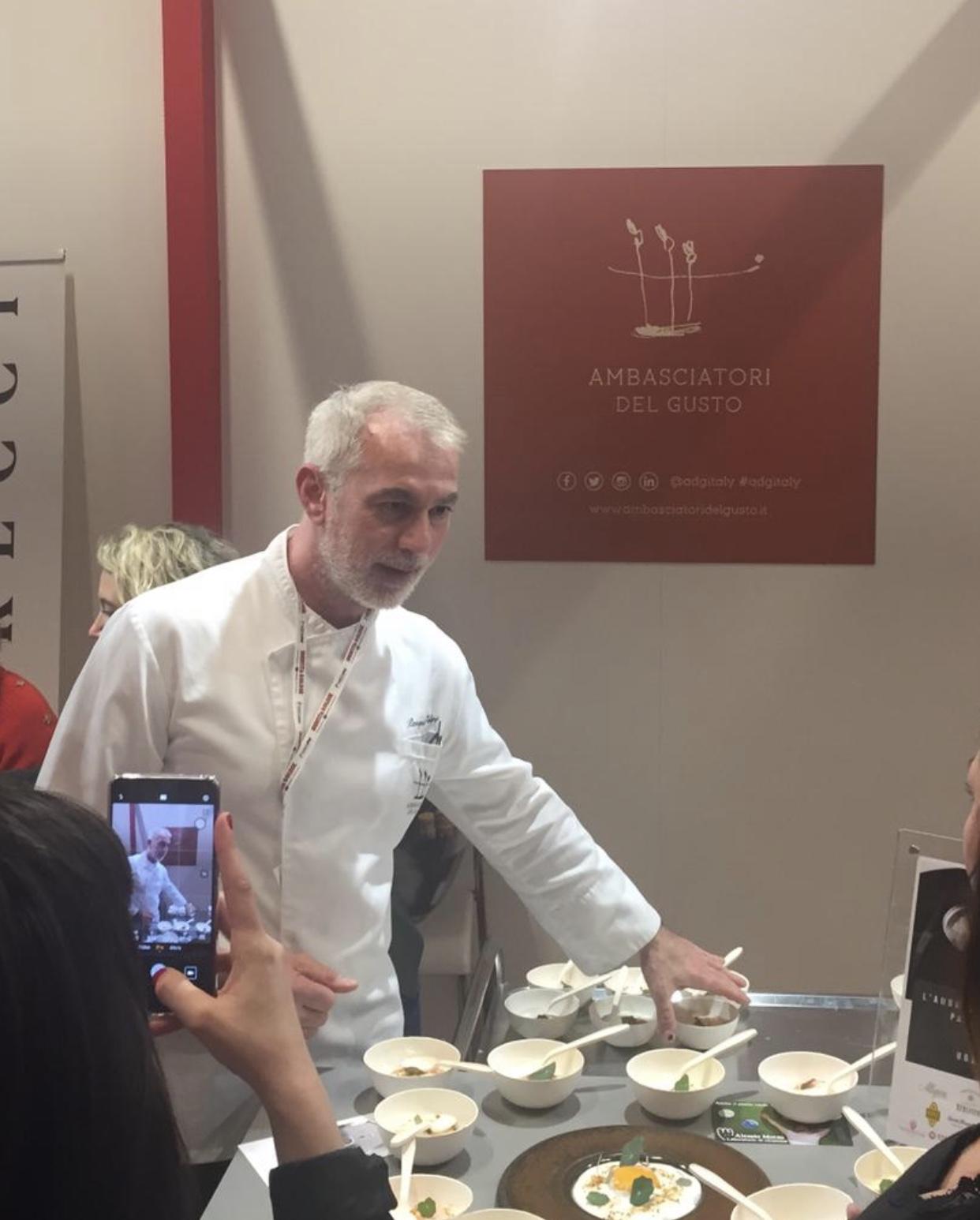 """""""Uovo e uova"""", così lo chef Caliri porta la Sicilia a Identità Golose"""