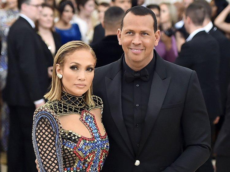 Jennifer Lopez tradita da Alex Rodriguez: sarà vero?