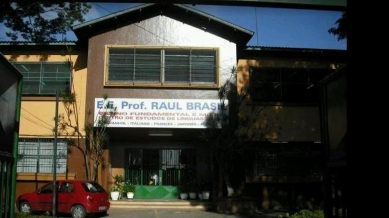 Brasile, sparatoria in una scuola: dieci morti