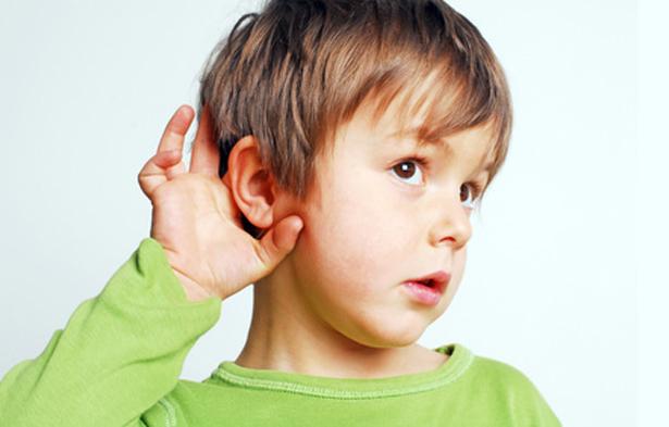 """Sordità infantile, gli esperti: """"Mancano le strutture di riferimento e screening"""""""