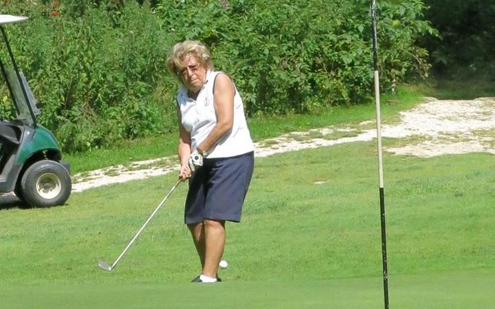 Golf a tutte le età, Anna Maria in campo a 96 anni