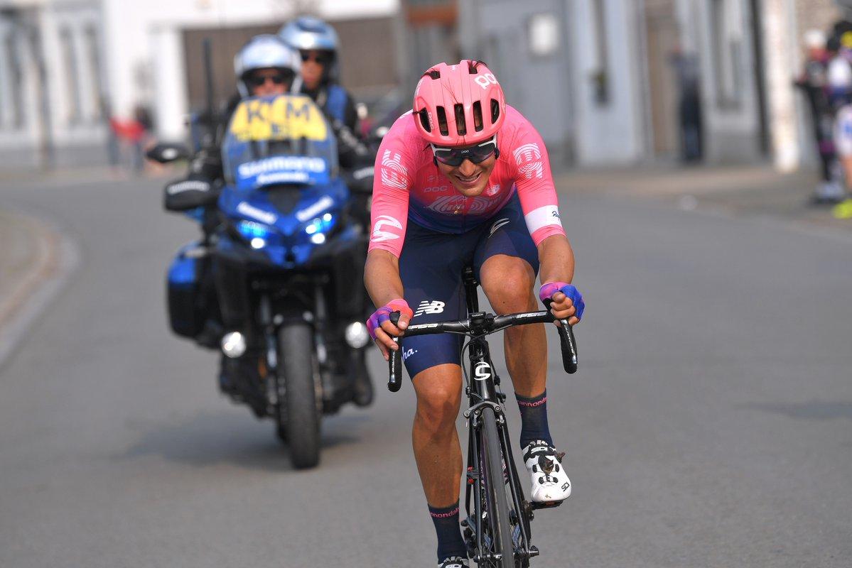 Giro delle Fiandre, trionfa Bettiol: il toscano vince in solitaria