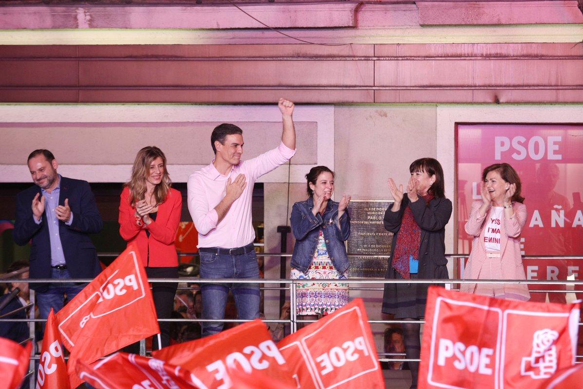 Elezioni in Spagna, vincono i socialisti ma manca la maggioranza