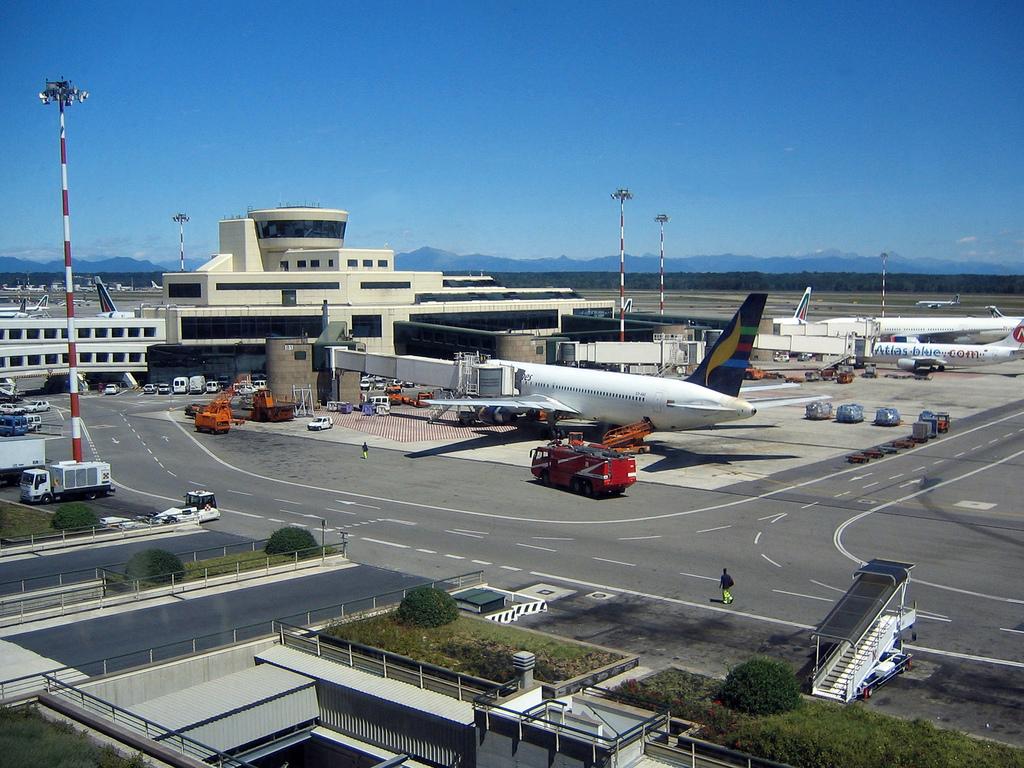 Avvistato drone all'Aeroporto di Malpensa, dirottati 4 voli