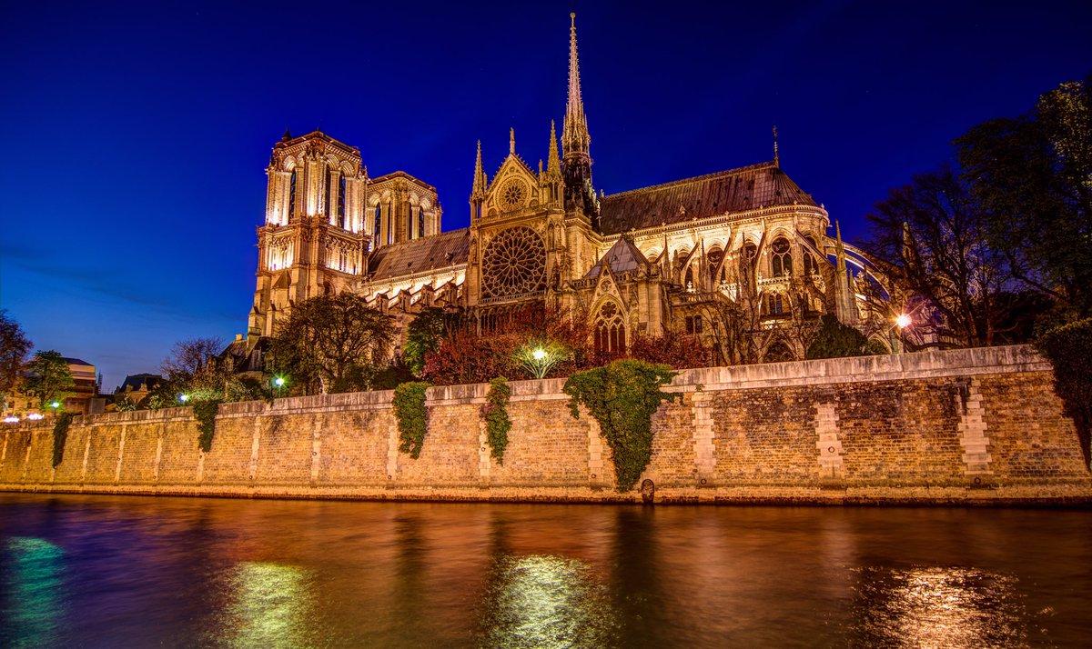 """Incendio di Notre Dame, """"Dal fuoco si risorge"""": l'esempio del Teatro La Fenice"""