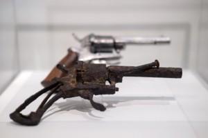 All'asta il revolver che uccise Van Gogh