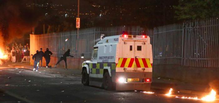Scontri in Irlanda del Nord, arrestata 57enne per l'omicidio della giornalista
