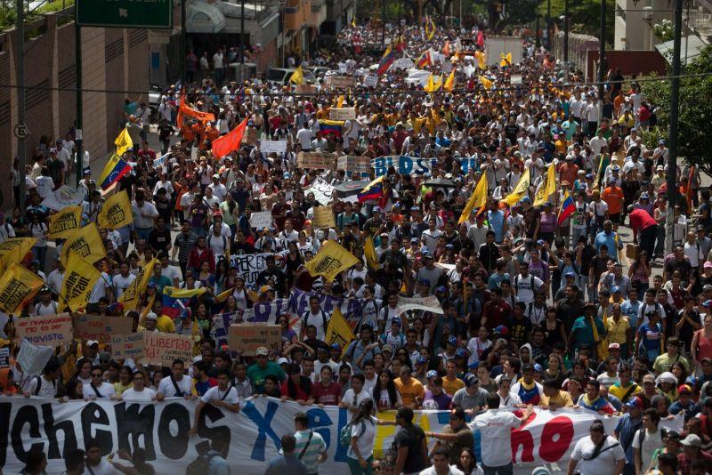 Venezuela: tra USA e Russia toni da guerra fredda