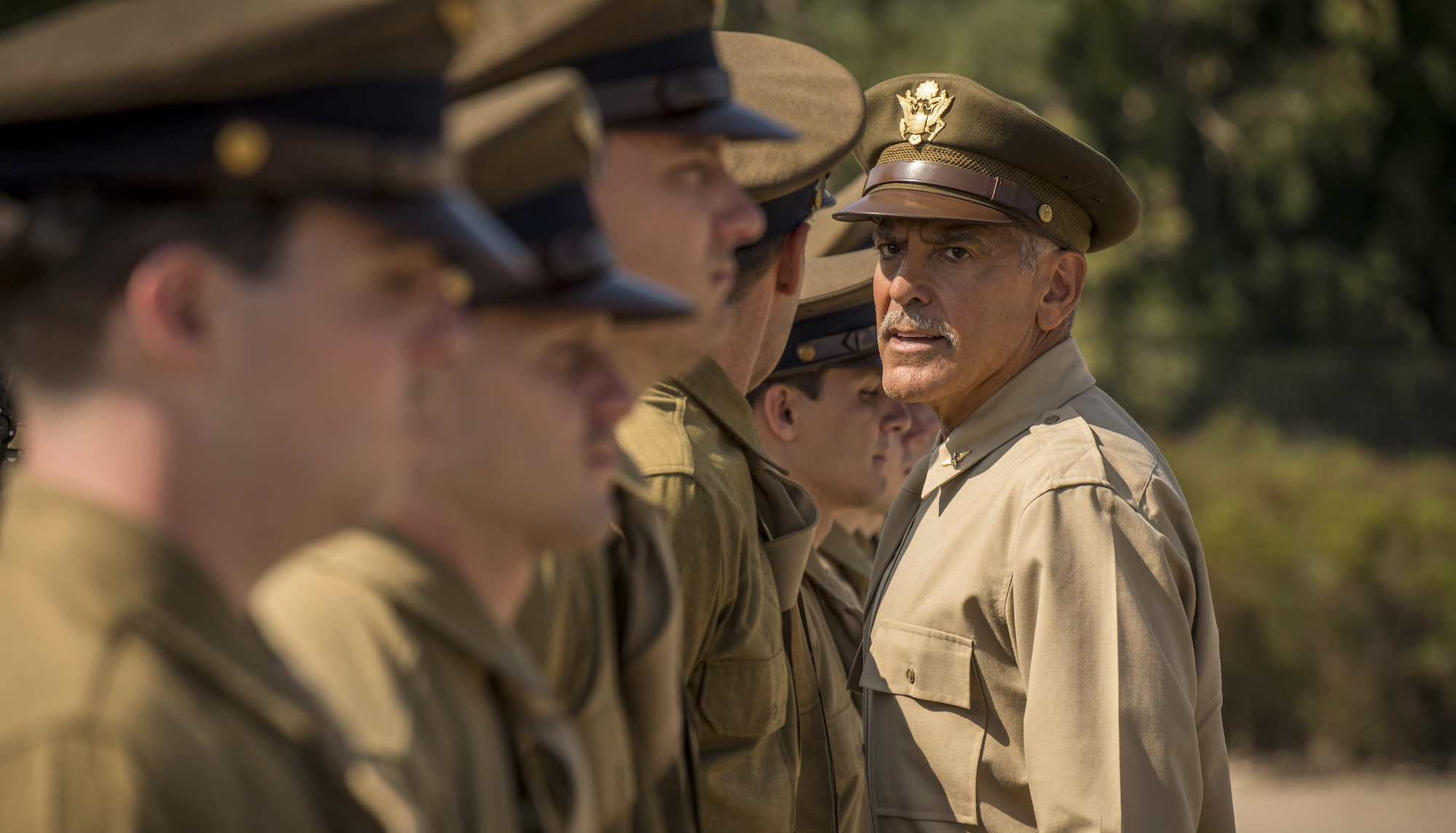 'Catch-22', la nuova serie tv di George Clooney in onda su Sky Atlantic