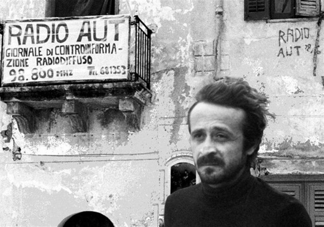 Peppino Impastato a 100 passi dalla mafia che lo assassinò il 9 maggio 1978
