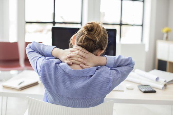 Vita sedentaria tra casa e lavoro: i rischi e i consigli