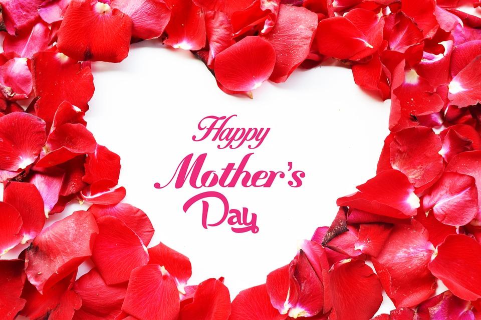 Festa della mamma, cosa è e quando si celebra: idee per regali e frasi