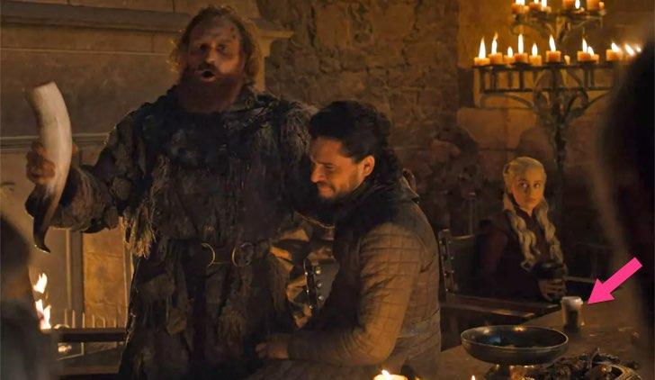 Un bicchiere di Starbucks in Game of Thrones: l'errore non è sfuggito ai fan