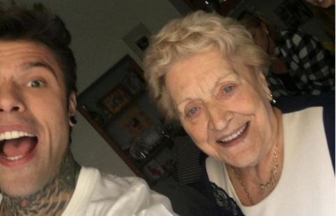La nonna di Fedez arriva su Instagram: boom di follower in poche ore