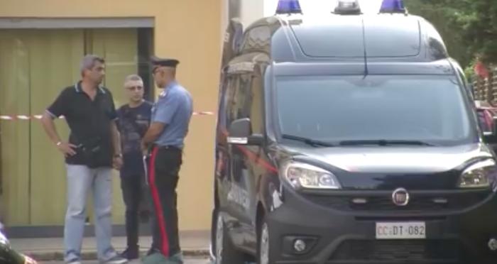 Femminicidio a Carini, uccide la moglie e ferisce il figlio: arrestato – Video