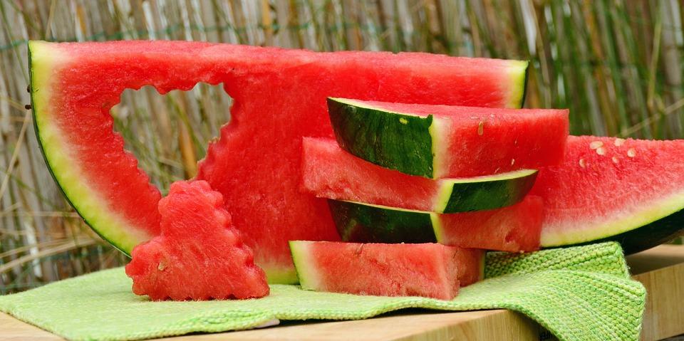 I benefici dell'anguria, frutto simbolo dell'estate