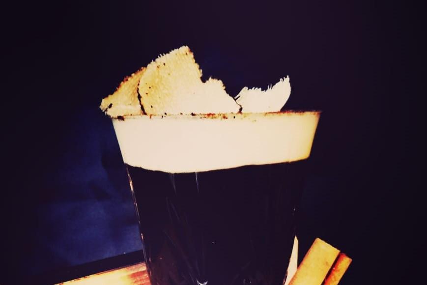 Bruna, il cocktail del bartender Gianfranco Sciacca aromatizzato al tartufo nero siciliano