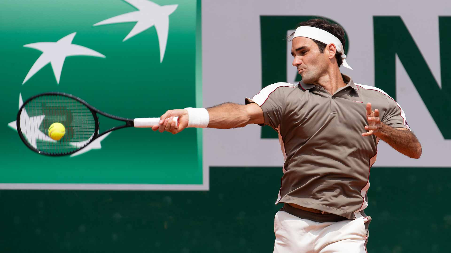 ATP Halle, Federer in finale con Goffin: out Berrettini