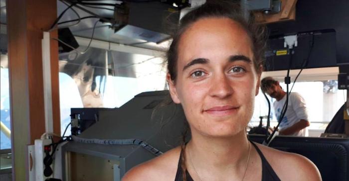 Sea Watch, il gip non convalida l'arresto per Carola Rackete