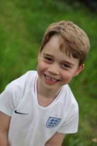 baby George compie 6 anni, Kate Middleton, Royal Family, Principe William, compleanno, auguri social