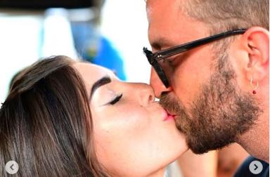 Bianca Atzei di nuovo innamorata, la dedica social a Stefano Corti