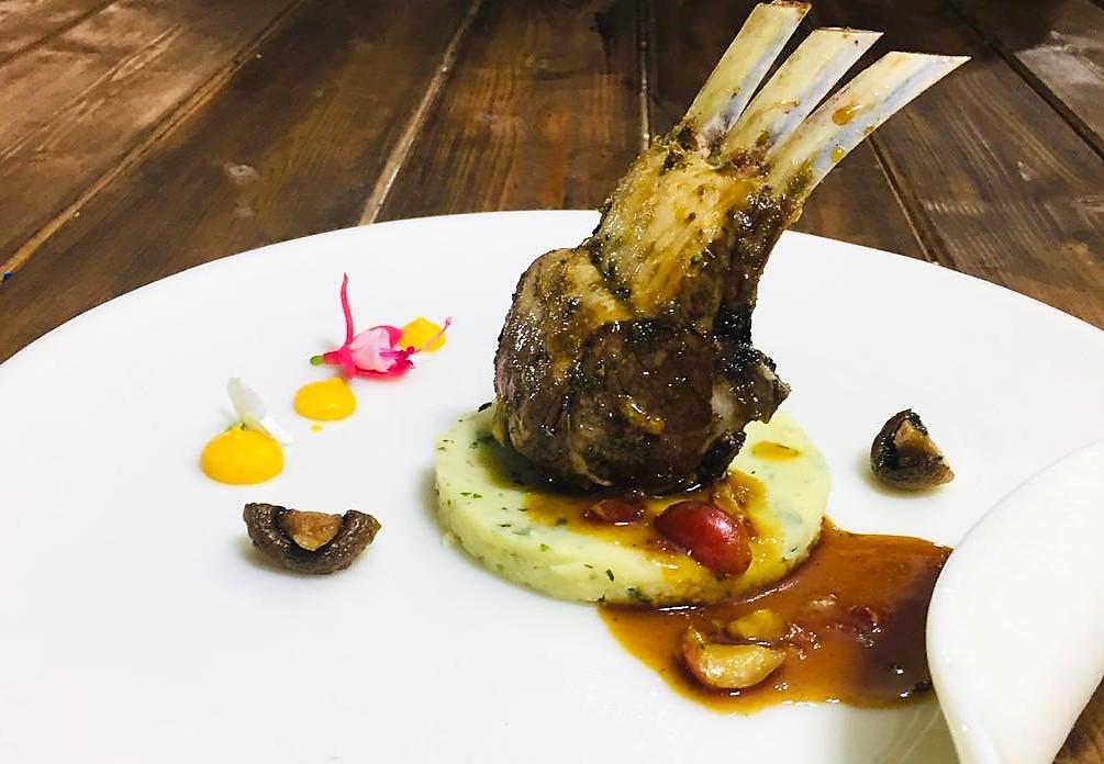 Carrè d'agnello, la ricetta dello chef Francesco Cutrona